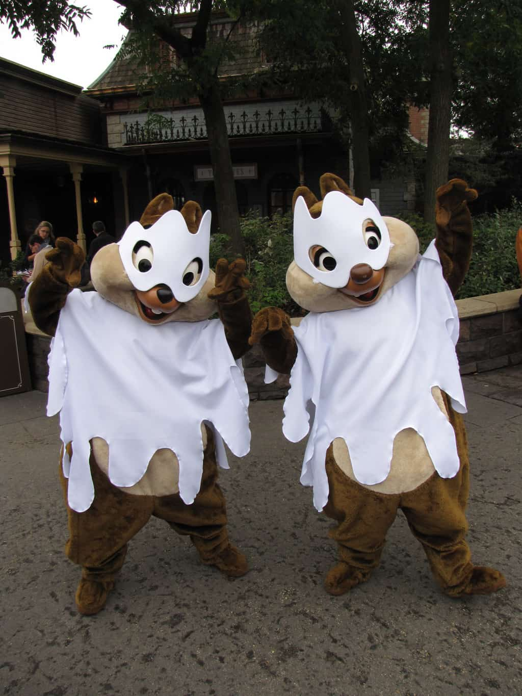 worldwide wednesdays great halloween costumes at disneyland paris including huey dewey and louie kennythepiratecom