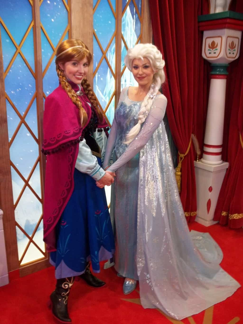 How to meet every disney world princess anna and elsa magic kingdoms fairytale hall only m4hsunfo