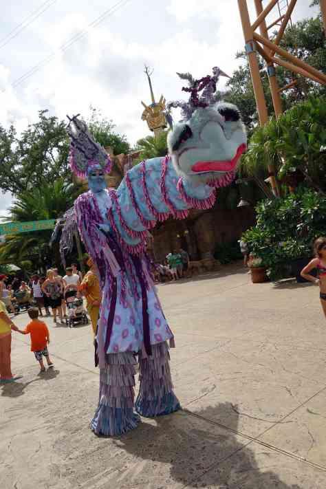 Busch Gardens Tampa Stiltwaker Character (4)