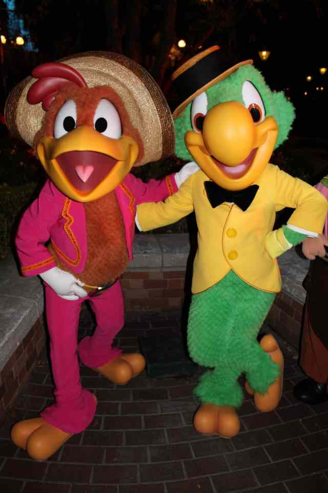 Disneyland Paris, Characters, Halloween, Jose Carioca, Panchito Pistoles, Three Caballeros