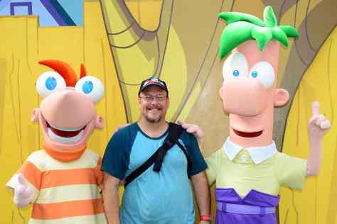 Disney's Hollywood Studios meet and greet Phineas and Ferb