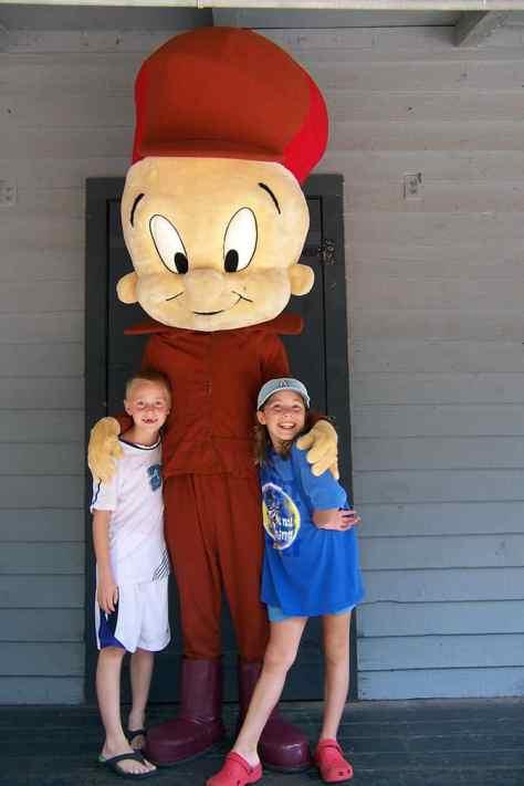 Elmer Fudd Six Flags Texas 2007