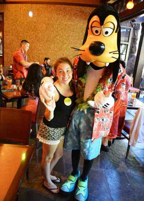 Goofy at Disney's Aulani Character Breakfast Meal at Makahiki