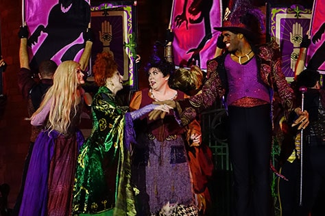 Hocus Pocus Villain Spelltacular at Mickey's Not So Scary Halloween Party 2015 (11)
