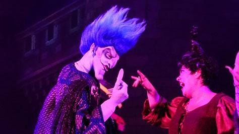 Hocus Pocus Villain Spelltacular at Mickey's Not So Scary Halloween Party 2015 (38)