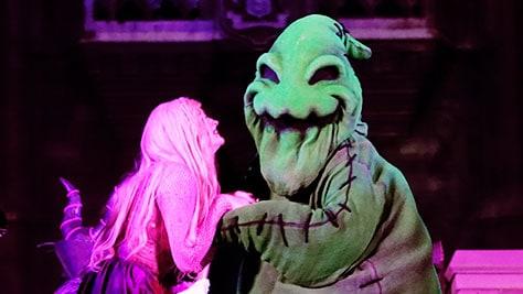 Hocus Pocus Villain Spelltacular at Mickey's Not So Scary Halloween Party 2015 (39)