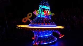 Paint the Night Parade at Disneyland Resort (15)