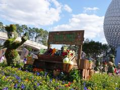 Epcot Flower and Garden Festival topiaries 2016