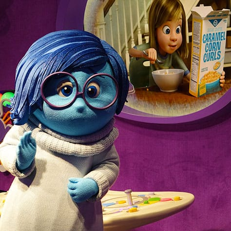 How to meet Joy and Sadness from Inside Out at Epcot in Disney World (16)