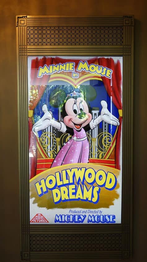 Mickey Mouse and Minnie Mouse in Red Carpet Dreams at Hollywood Studios in Walt Disney World (12)