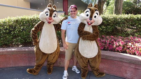 Hollywood Studios Chip n Dale character meet and greet (2)
