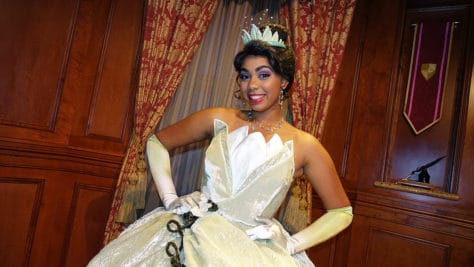 Meet Tiana at Magic Kingdom in Walt Disney World (2)