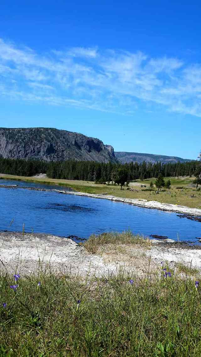Yellowstone Day 2 Beryl Spring