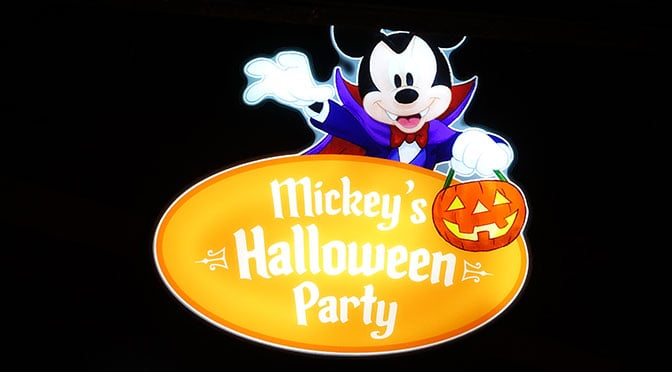 Review: 1st Mickey's Halloween Party at Disneyland ...