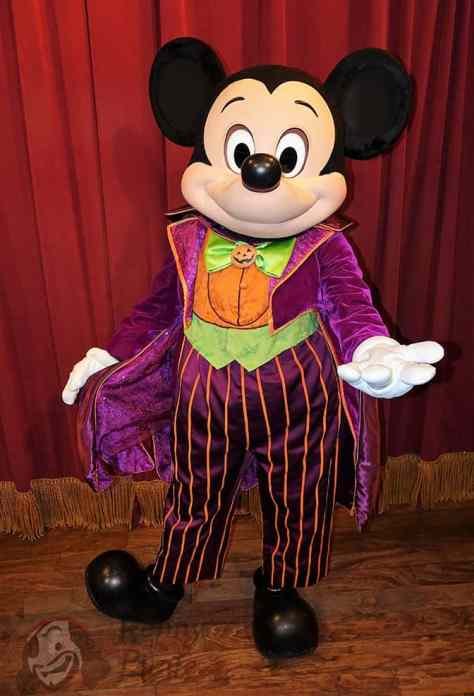 mickey-mouse-at-mickeys-not-so-scary-halloween-party-2016