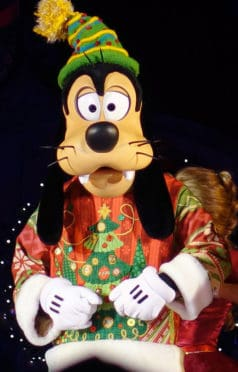 Goofy at Mickey's Very Merry Christmas Party 2016