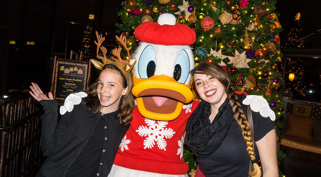 the first night of the character meets offered santa stitch and santa goofy rotating characters and costumes can vary - Characters In Christmas Vacation