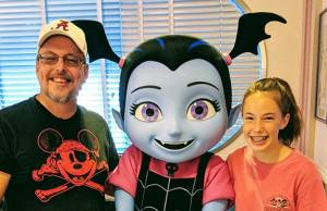 Review Hollywood and Vine Disney Junior Play n Dine Breakfast with Vampirina