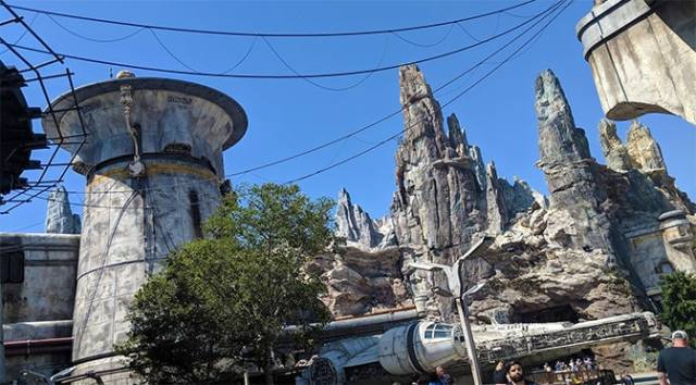 Hollywood Studios Park Hours Change with Opening of Rise of the Resistance
