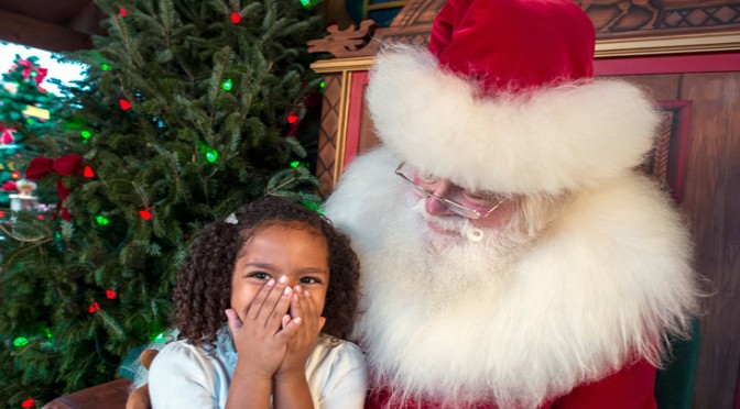 Breakfast With Santa Claus Returns to Disney Springs!