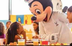 Disney World Free Dining Offer is Available for Annual Passholders