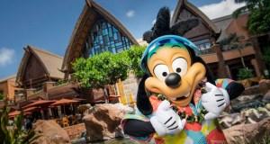 Max Makes his Debut at a Disney Park!