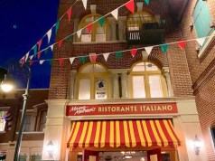 Mama Melrose's Ristorante Italiano Review