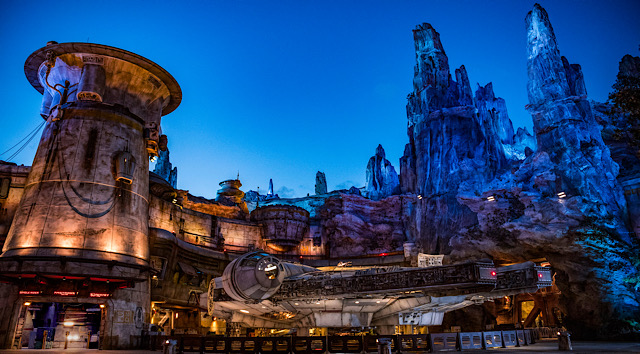 Disney Releases Star Wars Galaxy's Edge Free Digital Downloads