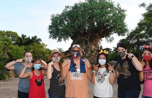 KtP Writers Answer: What is it like to wear a mask all day in Disney World?