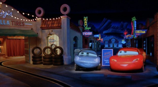 Check out the Latest Disney Magic Moments in Disneyland