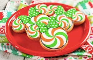 Holiday Cookie Stroll Returns To The Festival of the Holidays With New Collectible Keepsake!