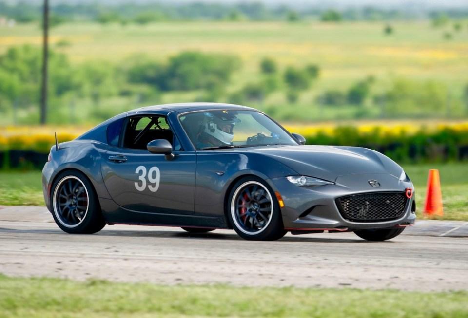 2017 Mazda MX-5 RF LE on track