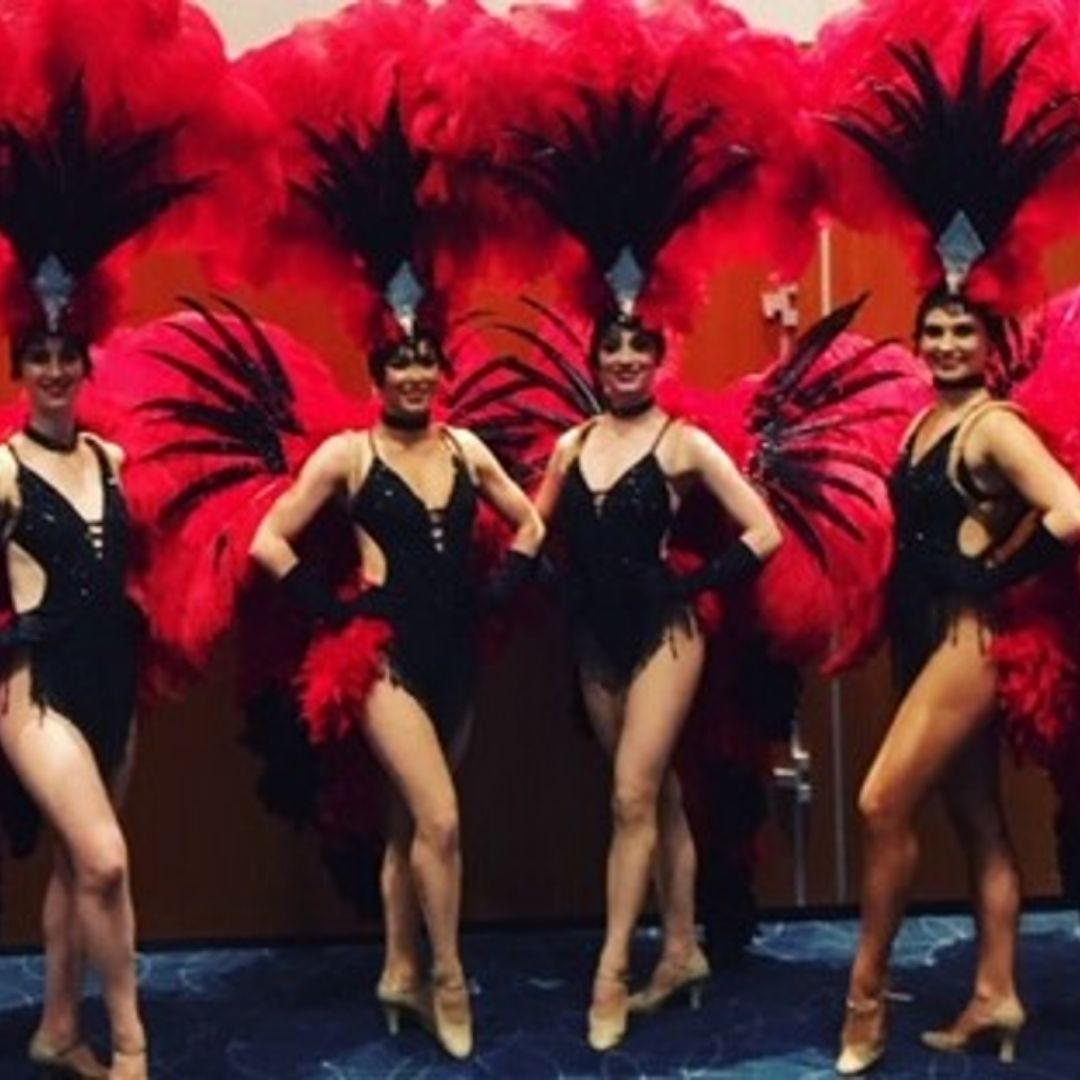 Bond Themed Entertainment Showgirls