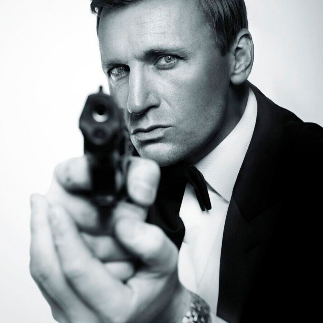 James Bond Themed Entertainment Daniel Craig Lookalike