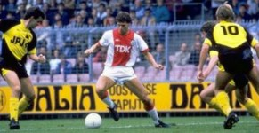 marco-van-basten-1985