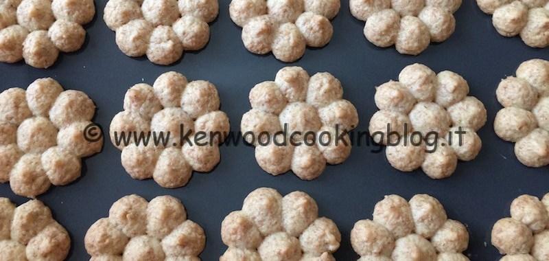 Ricetta frolla montata integrale senza burro per sparabiscotti Kenwood