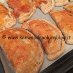 Ricetta panzerotti calzoni integrali al forno con esubero Kenwood