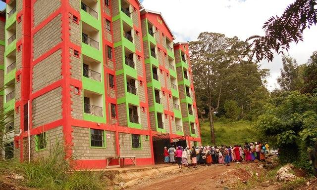 The buildings by the Murang