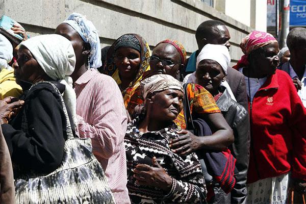 The elderly registering for the Inua Jamii Program