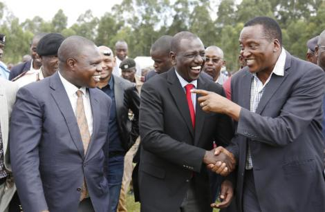 Deputy President William Ruto is received by Kitutu Chache South MP Richard Onyonka (Far right) and Kisii County Deputy Governor Joash Maangi (left) at a prayer service in Bobasi, Kisii County on November 28, 2018