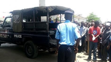 A Kenyan Police Officer pictured at a crime scene.