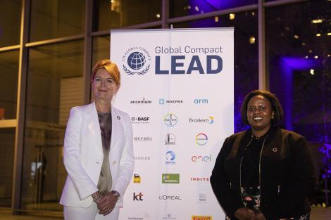 The outgoing Executive Director of the United Nations Global Compact Lise Kingo (L) with Sanda Ojiambo in September 2018 in New York.