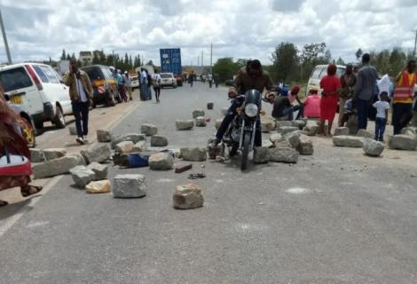 Protesters pictured on the Eastern bypass following an accident that killed 8 pedestrians on October 11, 2019.