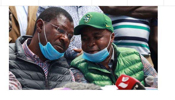 Drama: Senator Wetangula, MP Chris Wamalwa chased away at a funeral, hides in a sugarcane plantation