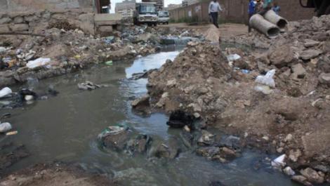 Sewage flowing in Pipeline area,Nairobi County.