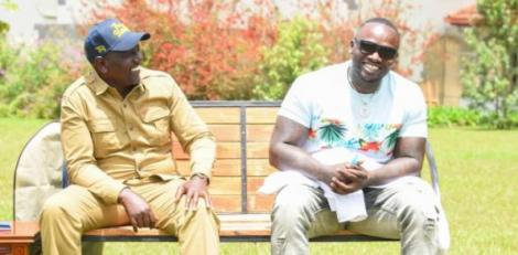 DP Wiliam Ruto (left) with Khaligraph Jones