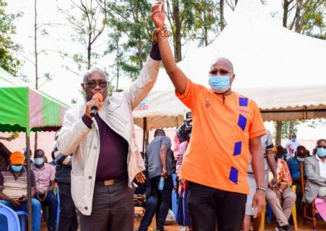 Kisii Governor James Ongwae (left) with Pavel Oimeke on May 14, 2021.