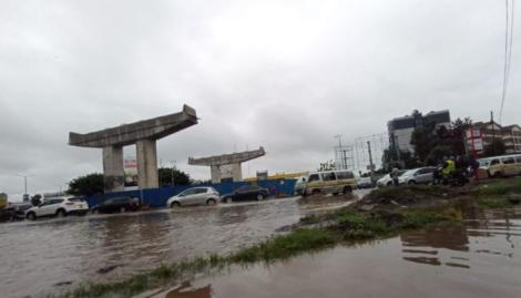 Floods at Nyayo Roundabout