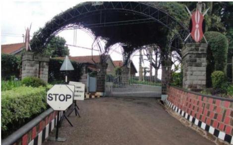 The entrance to the Kenyatta family Ichaweri home