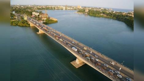 Nyali Bridge, Mombasa County where the middle-aged man jumped off into the Indian Ocean on Wednesday, April 7.